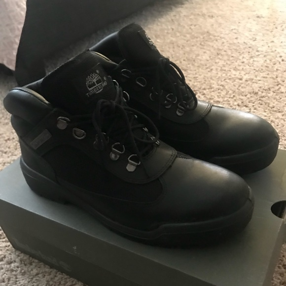 dd4690a1ce5 Black Timberland Field Boots (swamps) size 8